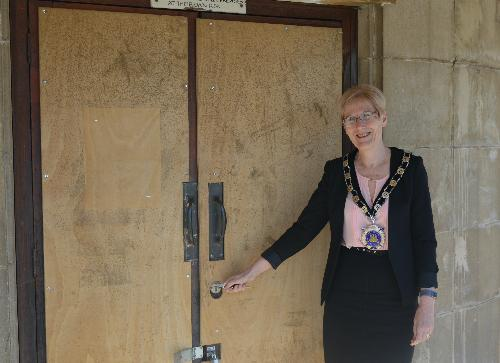 Alcester Town Council take a 125-year lease on the Greig Hall